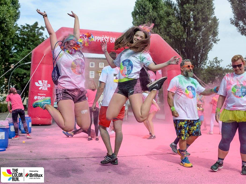 ref_the color run 2016 jump