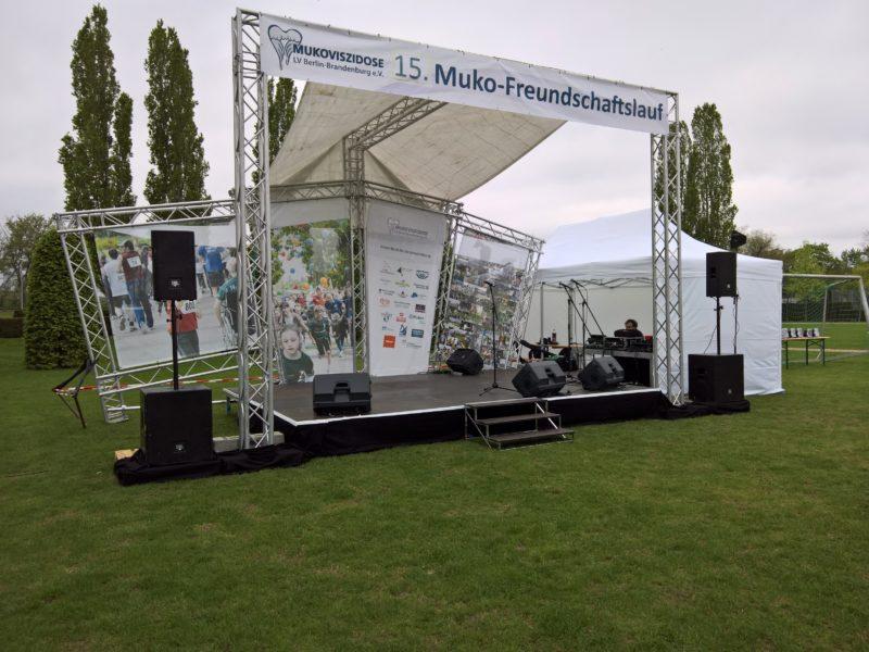 Jubiläumsbühne 15. Muko Freundschaftslauf 2017 by Kontraschall Agentur Support